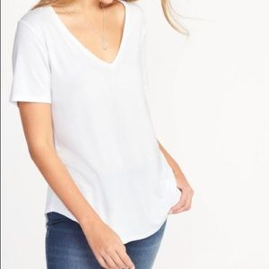 OLD NAVY LUXE V NECK SHORT SLEEVE TEE
